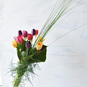 2019.4/10.11.13「チューリップの花束」